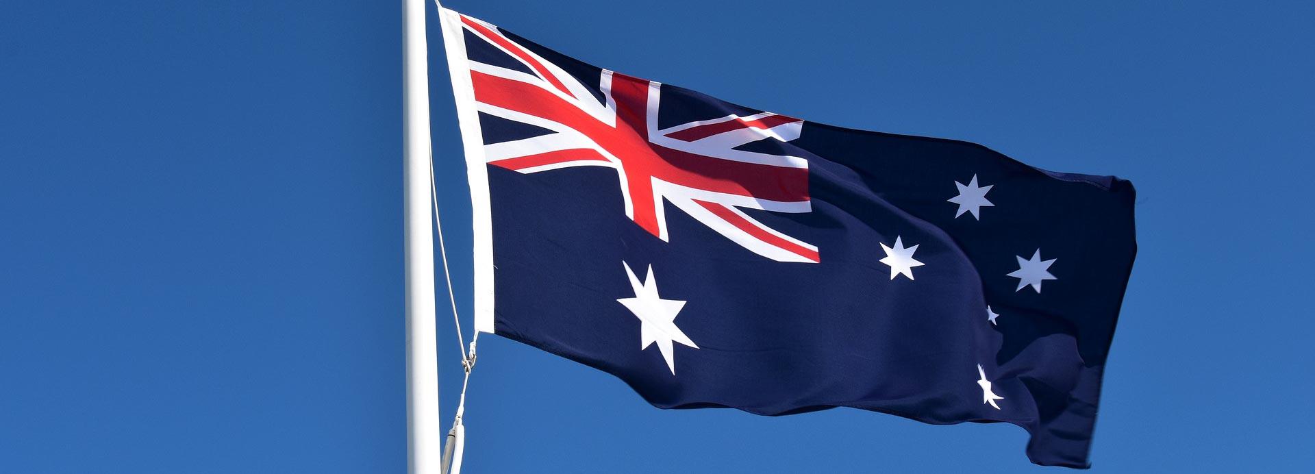 Định cư Úc tôi cần đáp ứng những yêu cầu lý lịch tư pháp như thế nào?
