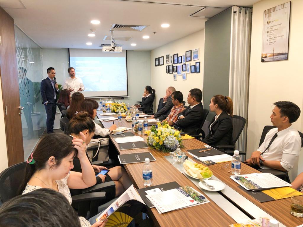 Những thông tin mới nhất về dự án Escaya được cập nhật tới nhà đầu tư từ chính phó chủ tịch tập đoàn HomeFed, chủ đầu tư dự án