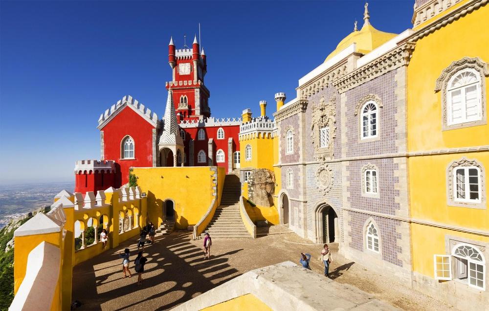 Sintra là một trong những thành phố có nhiều cảnh đẹp ở Bồ Đào Nha