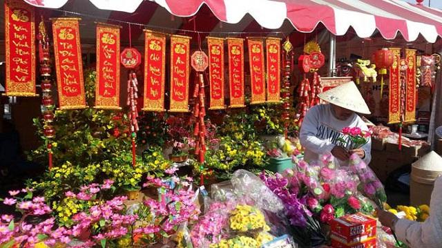 Khu chợ Việt vào ngày Tết ở Mỹ