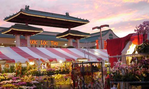 Chợ hoa Tết của cộng đồng người Việt ở Mỹ