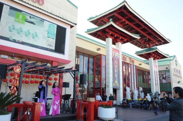 Hình ảnh lễ khai mạc Chợ Hoa Xuân Tết Mậu Tuất 2018