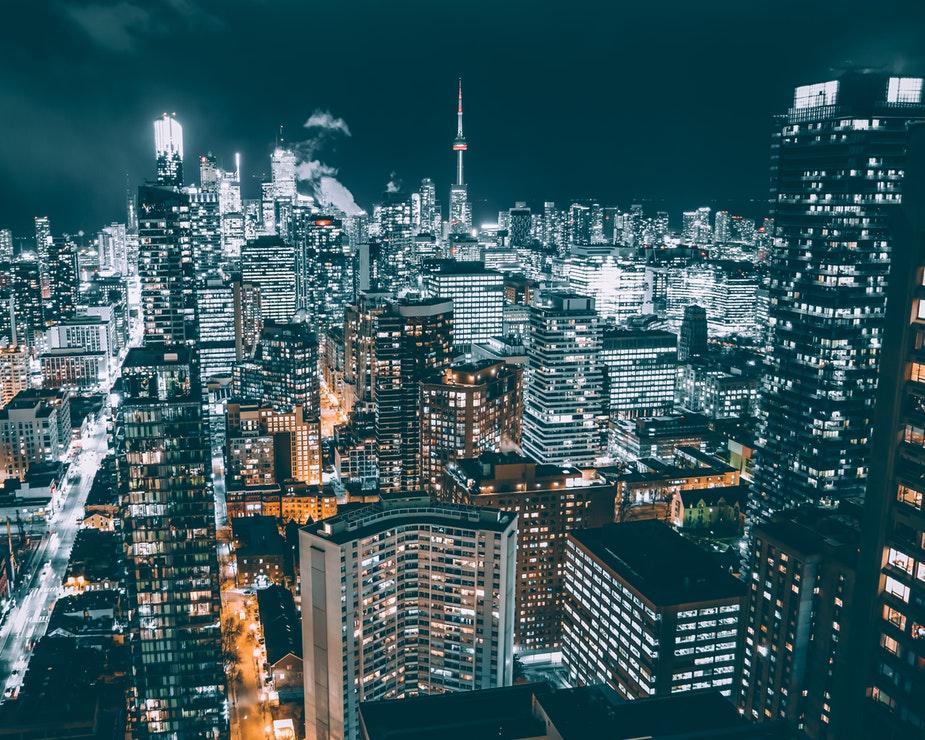 Canada là một đất nước công nghiệp có nền kinh tế phát triển nhanh và hiện đại