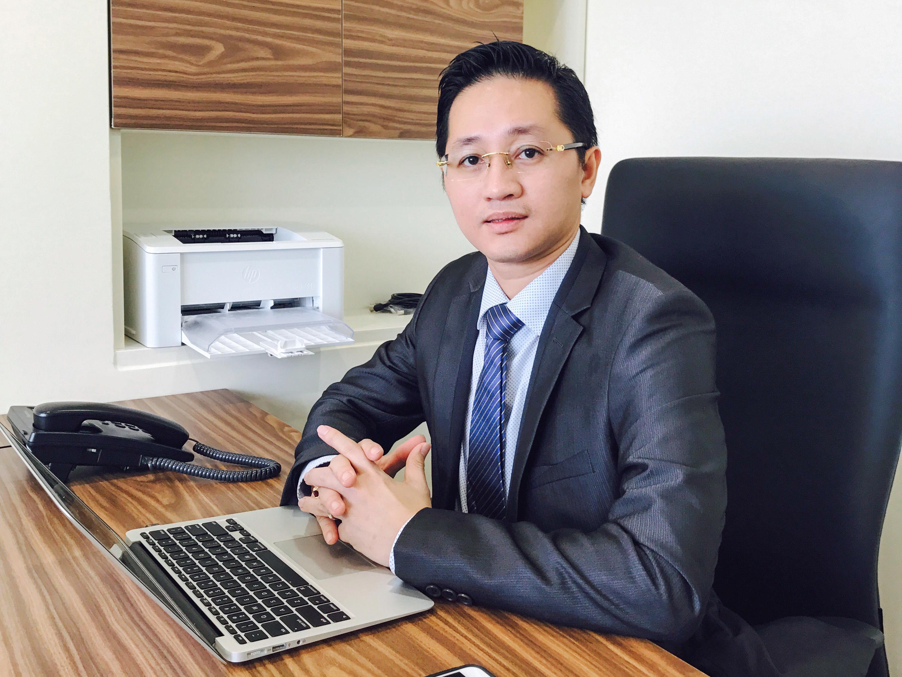 Ông Chris Đặng, chủ tịch công ty Interimm. Người trực tiếp khảo sát, lựa chọn dự án EB5 giới thiệu đến nhà đầu tư Việt Nam