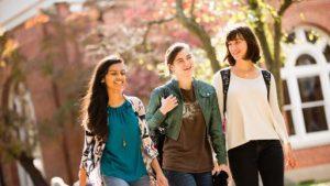 Con cái của nhà đầu tư sẽ được học tập miễn phí tại các trường công lập trên toàn nước Mỹ