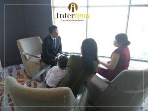 Đội ngũ chuyên gia Interimm đang tư vấn cho các nhà đầu tư quan tâm đến chương trình