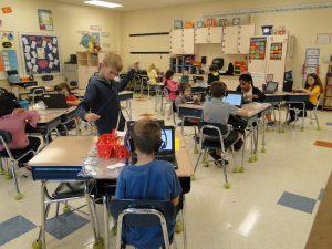 Hầu hết các trường học Mỹ thuộc hệ thống công lập đều miễn phí từ lớp 1 – 12