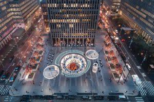 Toàn cảnh trung tâm thương mại Rockerfeller Center sầm uất khi nhìn từ trên cao
