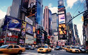 Một ngày sôi động giữa Times Square